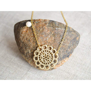 Gold lace necklace Women - Jewelry - Necklaces