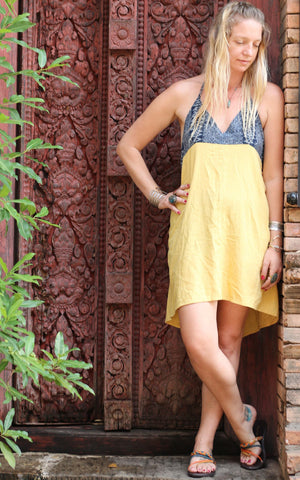 Yellow Aztec Halter Sun Dress M / Yellow Women - Apparel - Dresses - Casual
