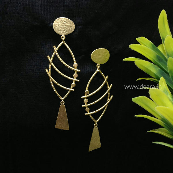 Compelling Curved Golden Long Earrings