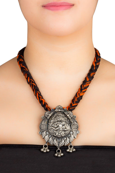 Paisley Idol Motif Temple Necklace
