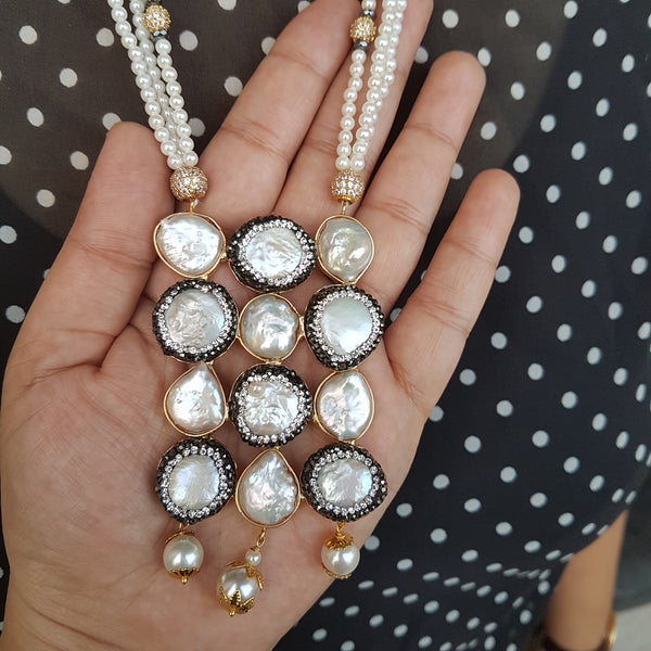 Royal Diamond Studded Pearl Necklace