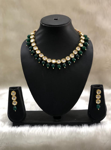 Fabulous Emerald Green and Kundan Choker Necklace Set