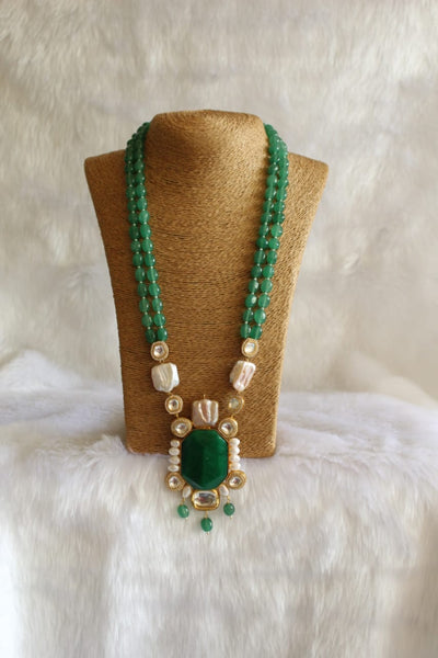 Elegant Jade Green Baroque Pearl Kundan Necklace