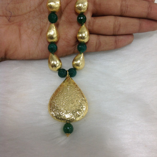 Emerald Green and Gold Beaded Leaf Pendant Necklace