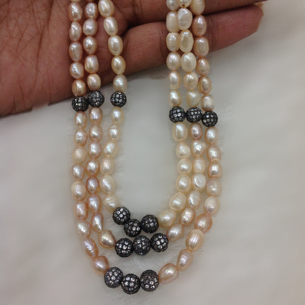 Light Peach Fresh Water Pearl Necklace