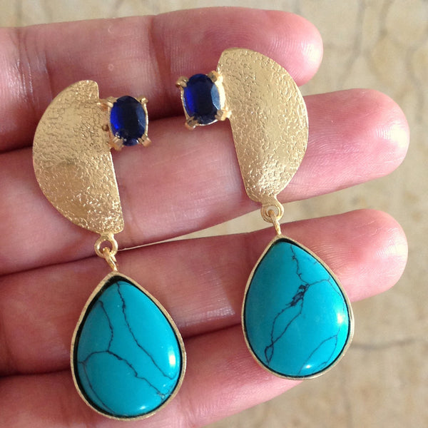 Jazzed-up Blue Earrings