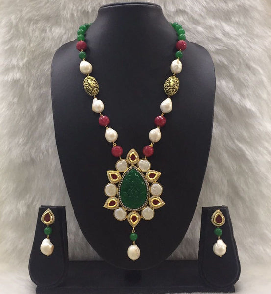 Red and Green Gemstone Necklace Set
