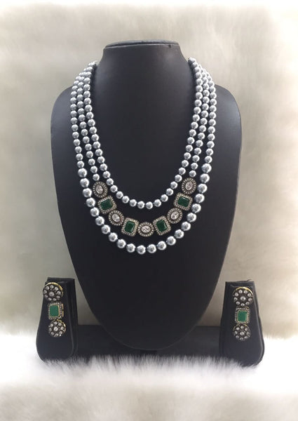 Three Stranded gray Shell Pearl Centric Gemstone Pedestal Base Necklace Set