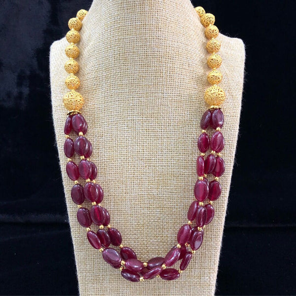Garnet Red Tumble Glory wearing Golden Spherule Cover Necklace