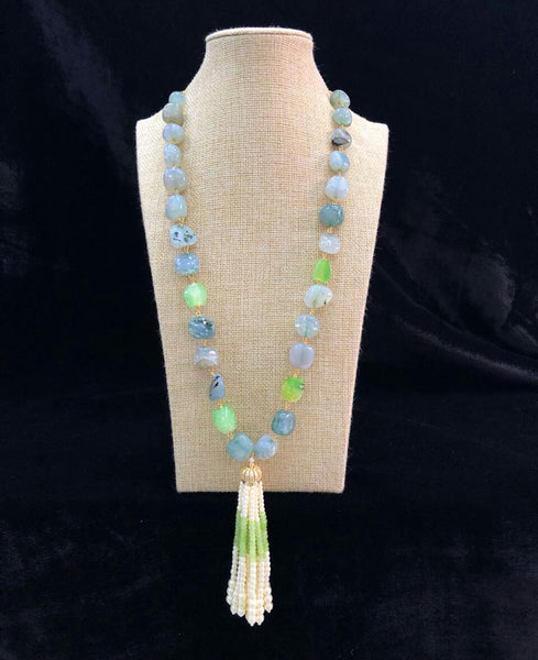 Variant Shaded Tumbles in Dazzling Pearl Tassel Necklace