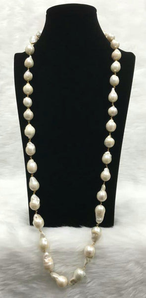 Droplets Of Baroque Pearls Necklace