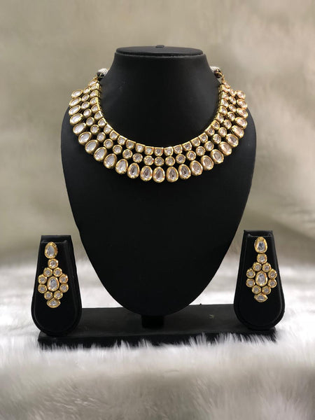 Spherical Oval Kundan Choker Necklace Set