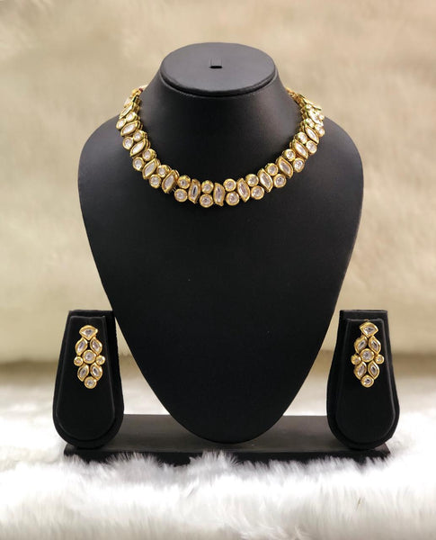 Magnetic Spherules Kundan Chokar Necklace Set