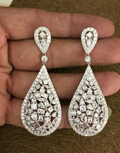 Stunning Beautiful Rain Drop Crystal Earrings
