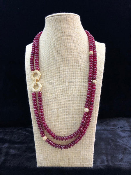 Magical Maroon Semi Precious Gemstones With Side Pendant Necklace