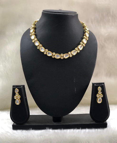 Spherical Oval Beautiful Kundan Necklace Set