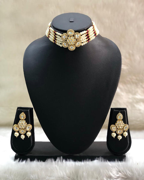 Astonishing Beautiful Pearl And Kundan Choker Necklace Set
