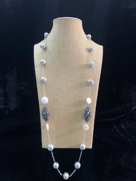 Stunning Silver Shell Pearl With Decorative Crystal Necklace