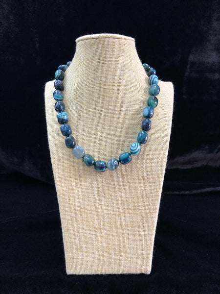 Classic Teal Shade Gemstones Necklace