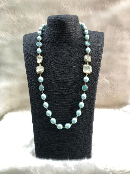Amazing Mint Green Pearls And Crystal Necklace