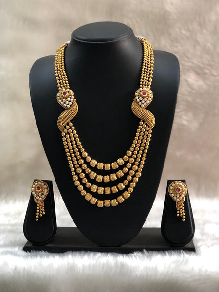 Astonishing Rich Golden Beads And Pearls Necklace Set