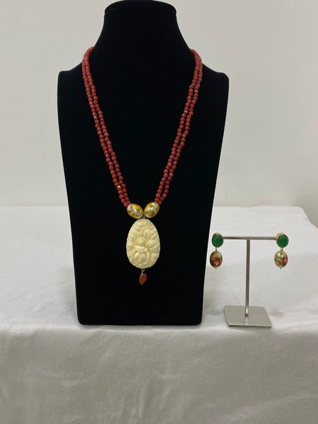 Carnelian Hand-painted Carved Necklace Set