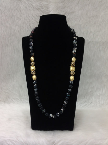 Blossom Black Gemstones and Golden Beads Necklace