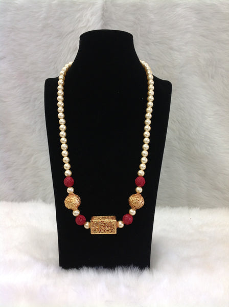 Glooming Geru Bead With Golden Pearls Necklace