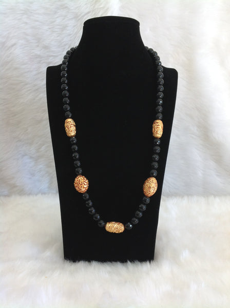 Superb Black Gemstones And Geru Beads Necklace