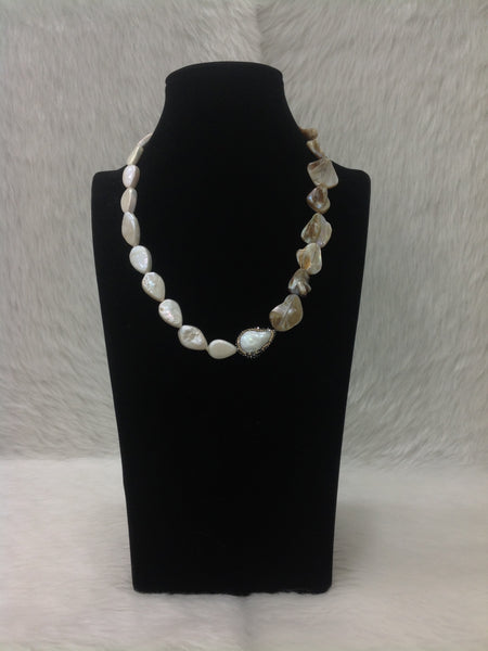Marvellous MOP and Baroque Pearls Necklace