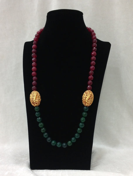 Radiant Red and Green Decorative Geru Beads Necklace