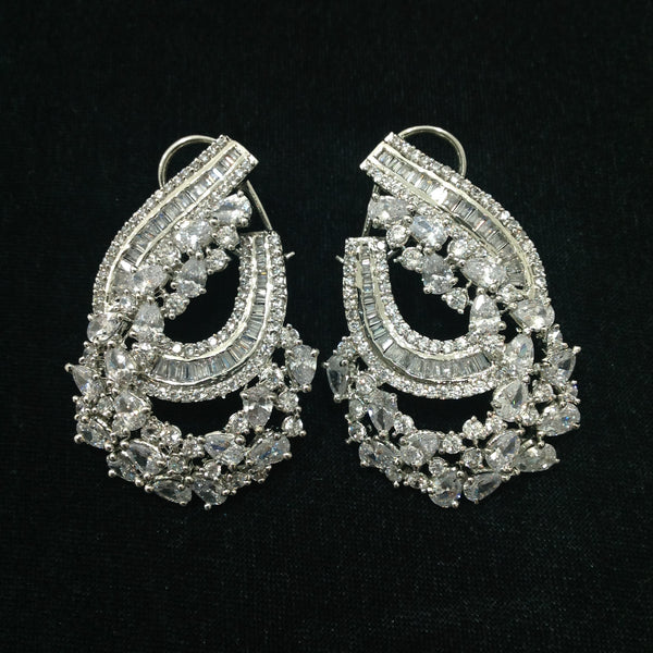 Gorgeous Charismatic Crystal Stud Earrings