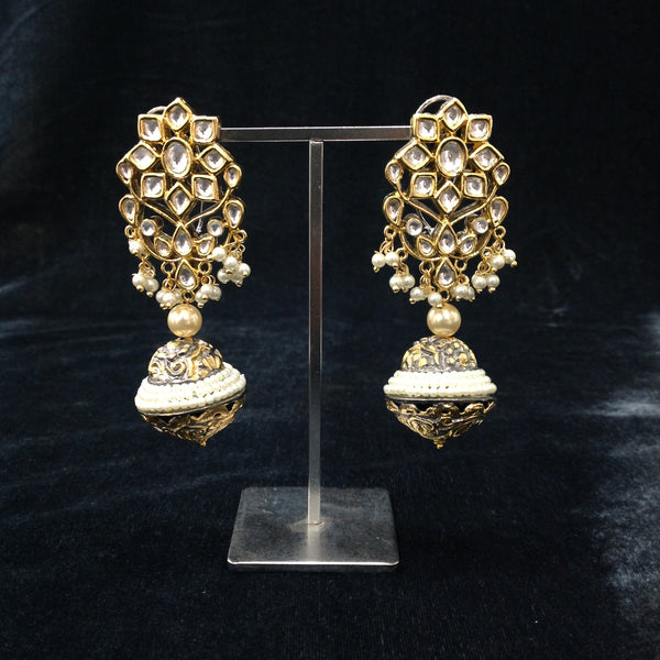 Handcarved Kundan Pearls Earrings
