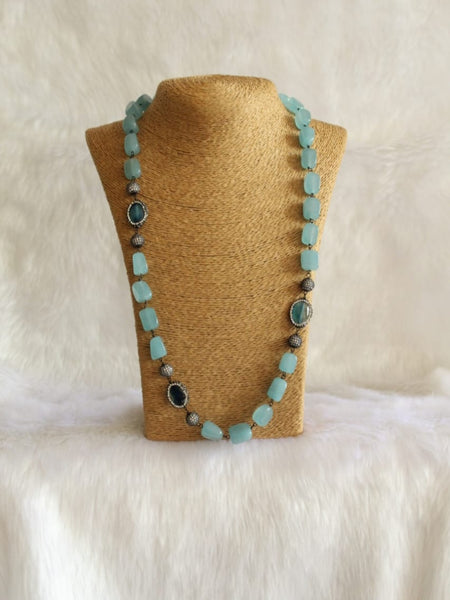 Captivating Blue Gemstones Crystal Necklace