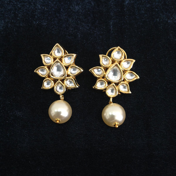 Florence In Gold Kundan Pearls Earrings