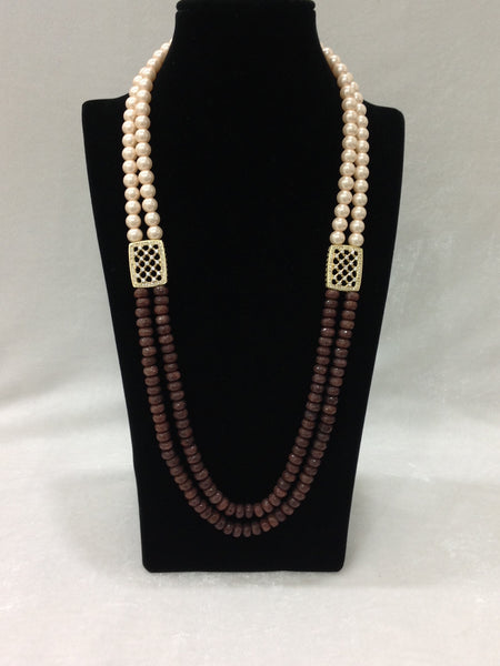 Trunk Brown & Shell Pearls Necklace