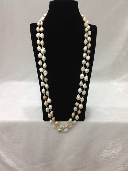 Geru Baroque Pearls Necklace