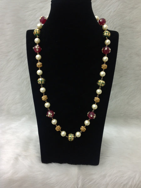 Splendid Red with Green and Pearls Necklace