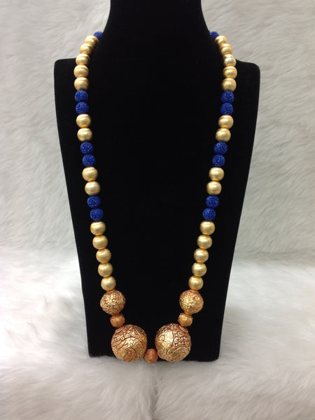 Dazzling Geru in Golden and Blue Beads Necklace