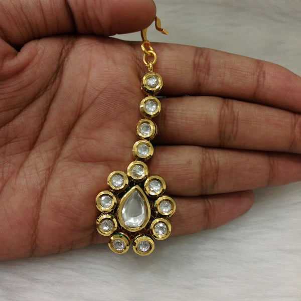 Radiant Rich Spherical Kundan MaangTikka