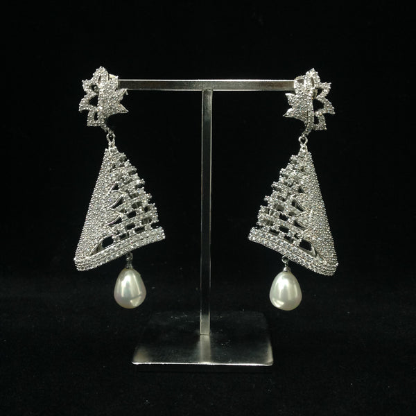 Dainty duchess Earrings