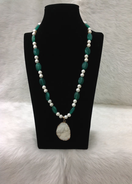 Ravishing Green and Pearl with Druzy Pendant Necklace