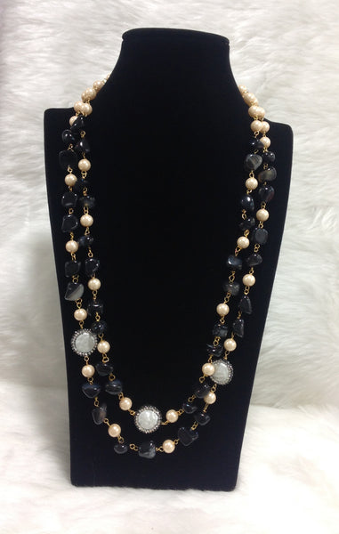Black Shine and Pearls Necklace