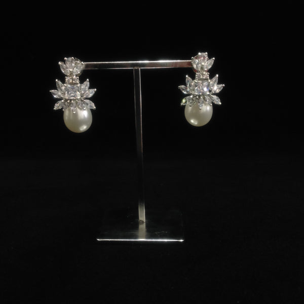 Elegant Rich Pearl With Crystal Earrings