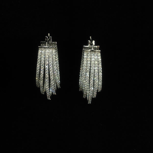 Artisan Trendsetting Crystal Earrings