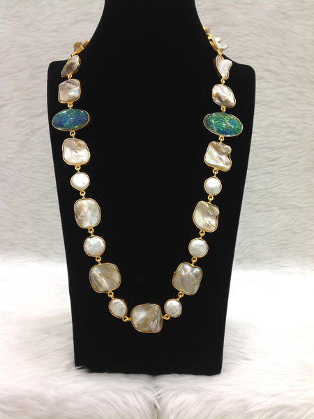 Magical MOP With Green Gemstones Necklace Set