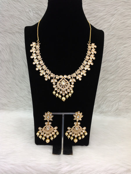 Astonishing Rich Crystal With Pearls And Kundan Necklace Set