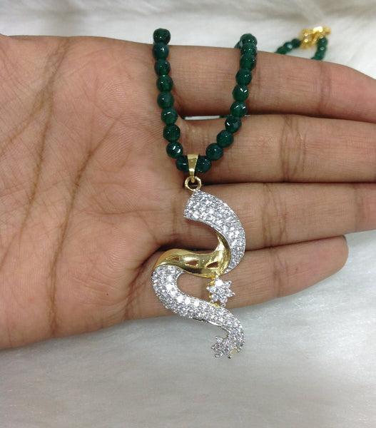 Gracious Green Serpent Pendant Necklace Set