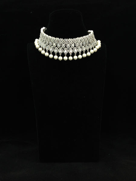 Charismatic Crystal And Shell Pearl Choker Necklace Set
