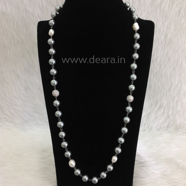 Classy Silvery Freshwater Pearls Necklace